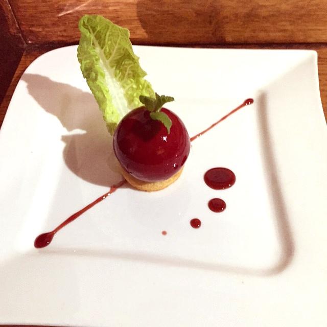 Foie-gras-en-habit-rouge-Menu-de-noel