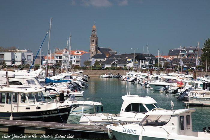 Port de saint gilles croix de vie hotel